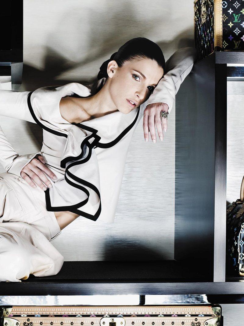 Louis Vuitton - Revista Máxima 241 - Inês Castel-Branco
