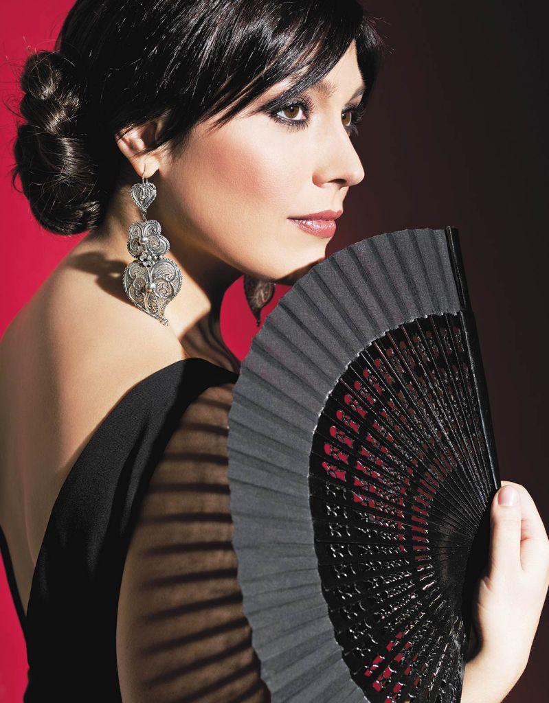 Ana Bacalhau - Revista Máxima